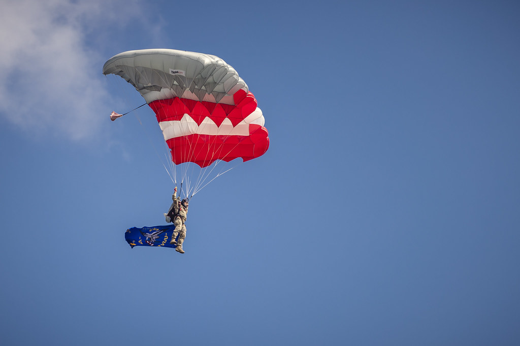 Godinot Gaisa spēku simtgadi, NBS Aviācijas bāzē notiek aviācijas paraugdemonstrējumi