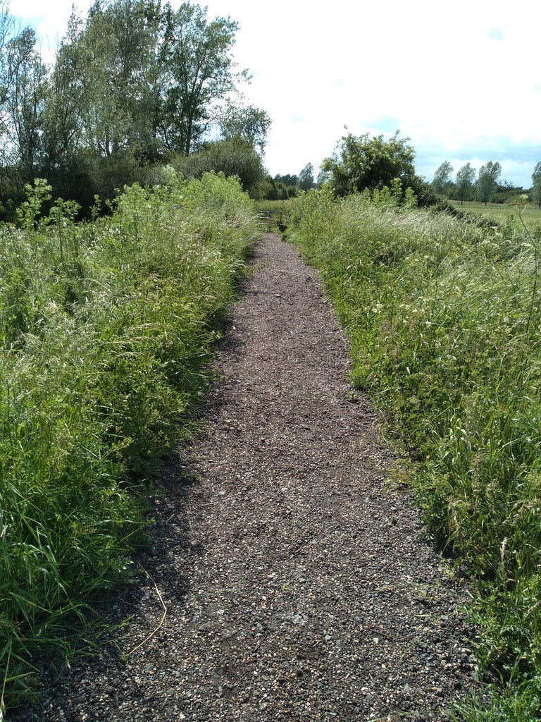 Flatford to Manningtree Station - new path No more squelch