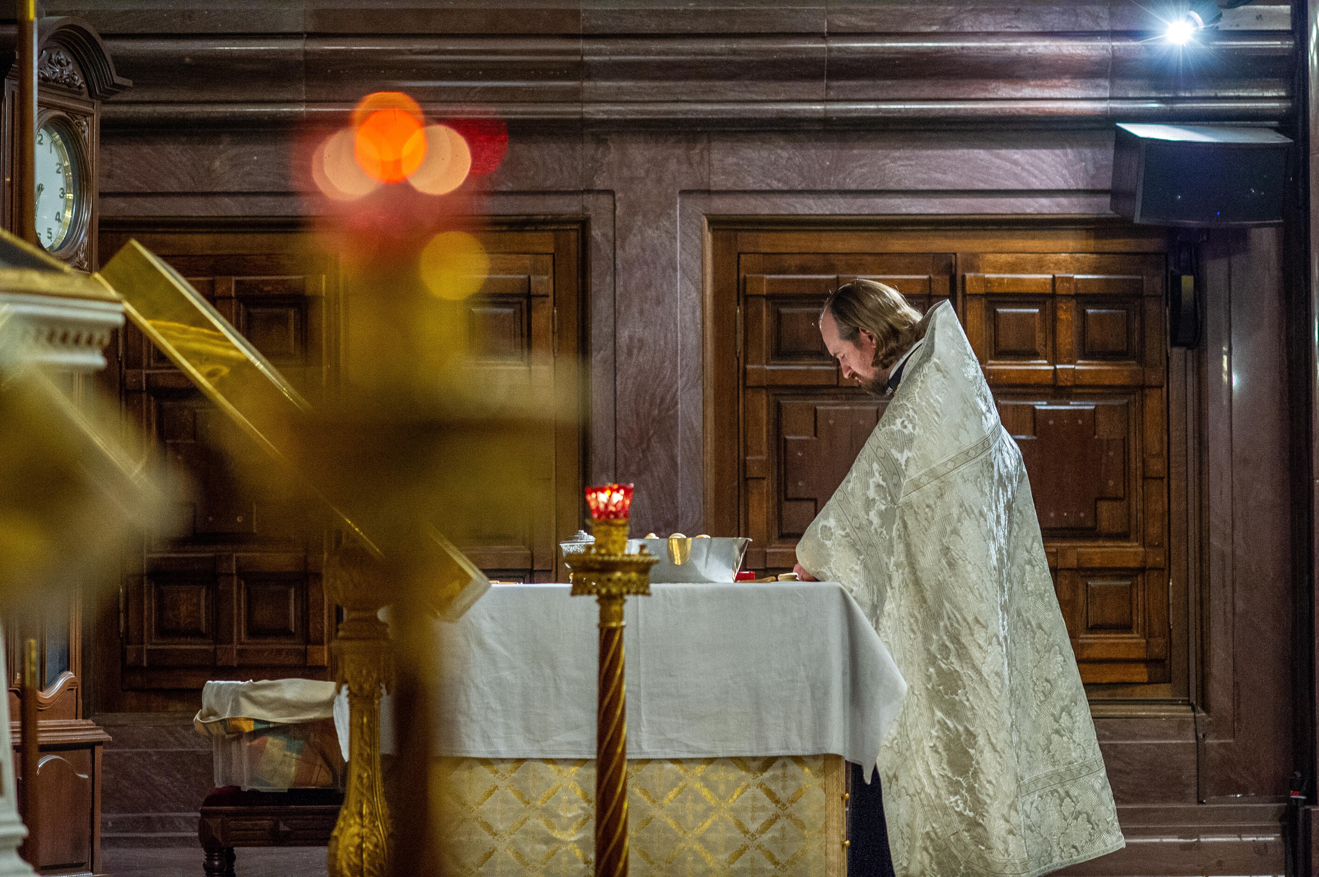 Всенощное бдение в Храме Христа Спасителя в праздник Вознесения Господня