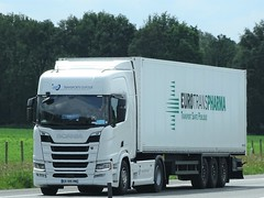 Scania R450 topline Next Generation from transports Dufour France.