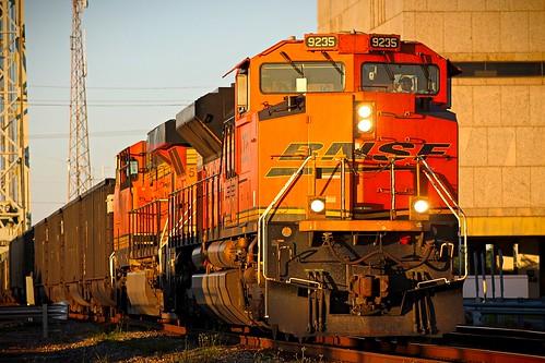 bnsf locomotive train railroad sd70ace beaumont texas