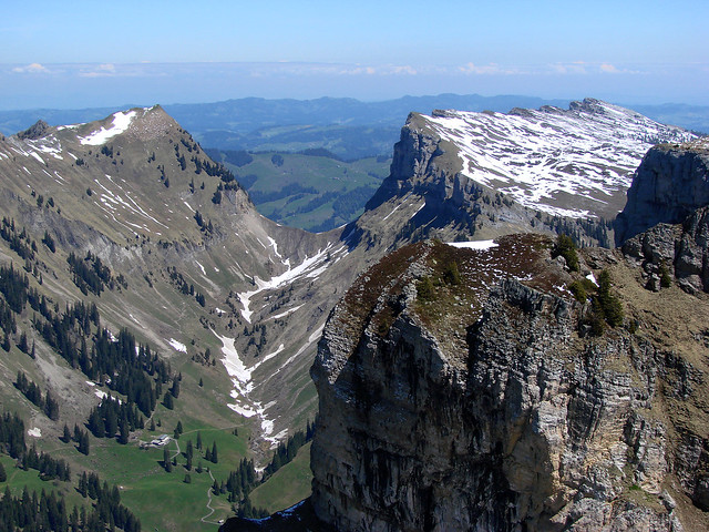 This group is dedicated to publishing photographs of Summits on the Air (SOTA) activities.