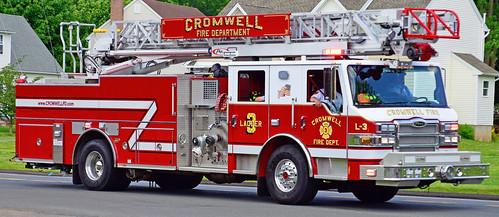 fire middletown ct truck ladder pierce