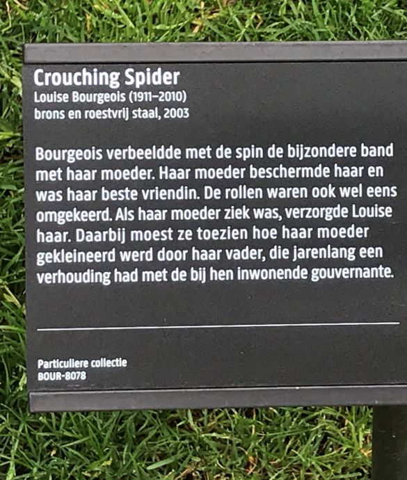 IMG_0832LouiseBourgeoisCrouchingSpiderBronsEnRoestvrijStaal2003 Text