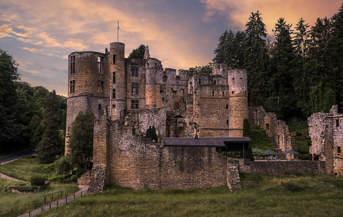 beaufort castle luxembourg beaufortcastle chateaubeaufort parchmankid jerryburchfield burchfield landscape ambiance ambience mood ambient ambiant moody atmosphere