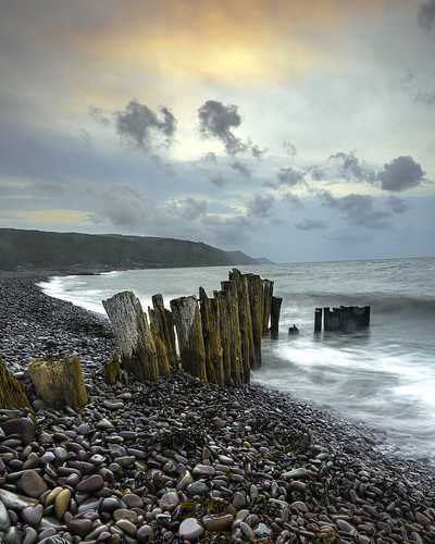 bossingtonbeach beach coastseascape shoreline groyne