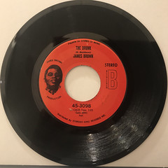 JAMES BROWN:A MAN HAS TO GO BACK TO THE CROSSROADS(RECORD SIDE-B)