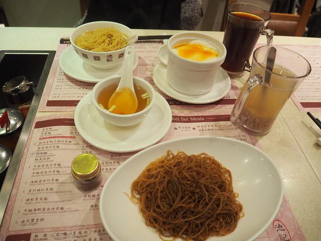 P3082900 尖沙咀(チムサーチョイ)池記 HongKong 香港 香港麺