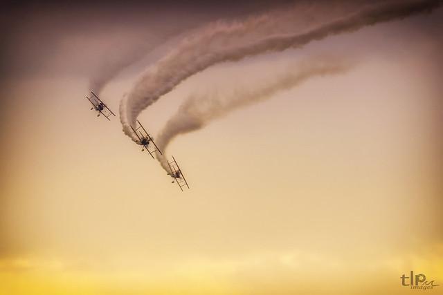 Paul Bennet Airshows - Sky Aces