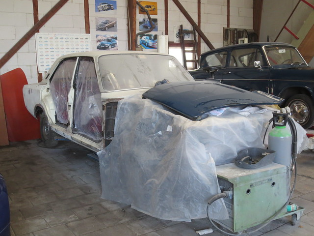1968-71 FORD P7 Berline under Construction