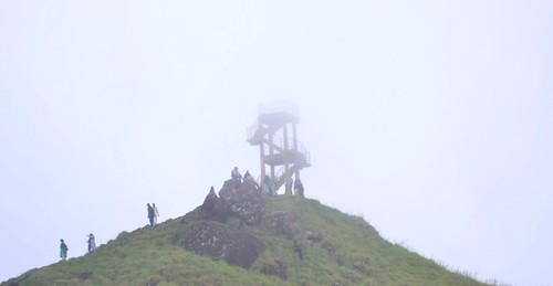 ponmudi kerala mist hillstation
