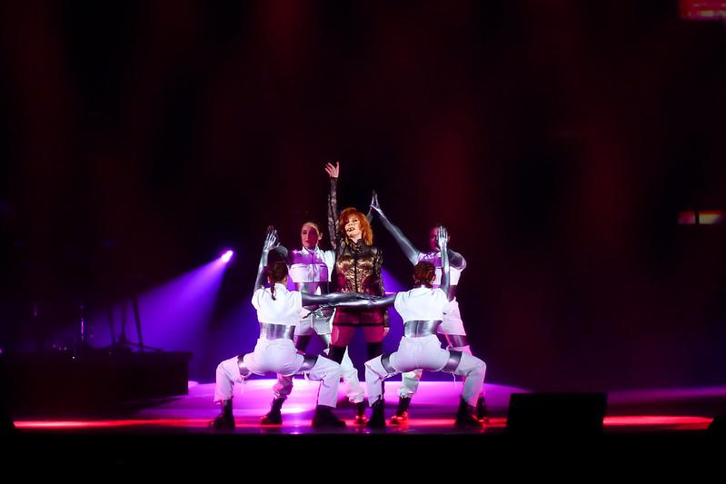 Concert de Mylene Farmer à l'U Arena 48031167082_2b5aff8ffb_c