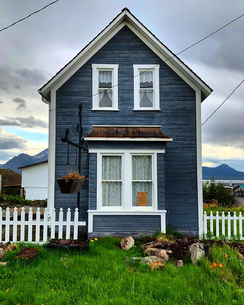 Narrow | A tiny historic house stands tall in Atlin ...