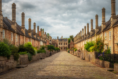 wells somerset medieval history historic street road houses house buildings ancient landscape landscapes landscapephotography greatbritain uk england canon efs1585mmisusm eos eos80d