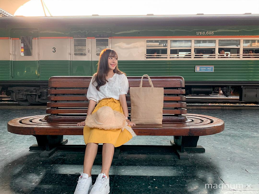 ภาพถ่ายพอร์ทเทรตน้องโย สถานีรถไฟหัวลำโพง จากล้อง iPhone XS