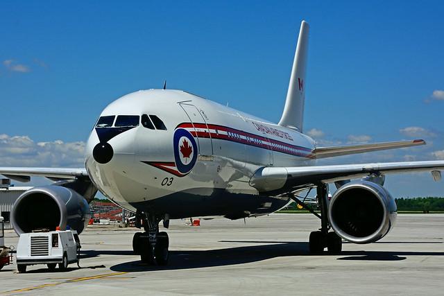 RCAF 15003