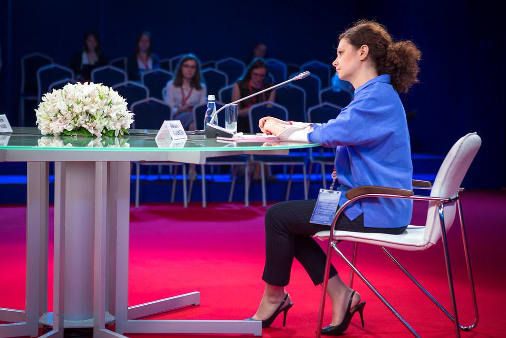 ВШМ СПбГУ организовала лекторий на Молодёжном форуме ПМЭФ-2019