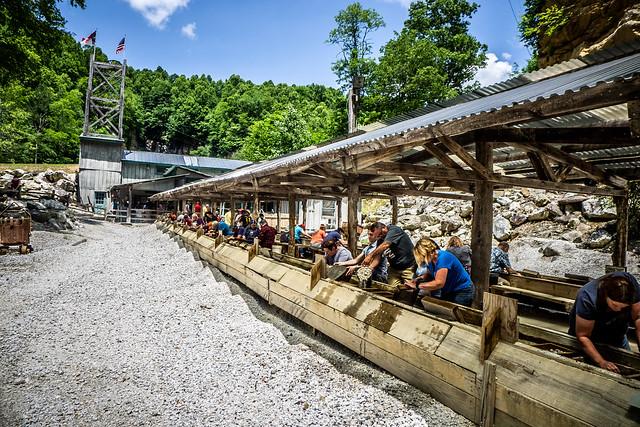 Appalachian Mountain Minis Gem Mining and Little Switzerland-61