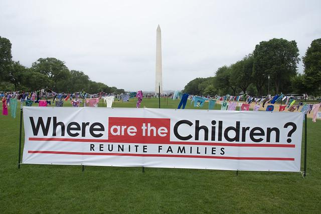 Where are the children? ¿Dónde están los niños?