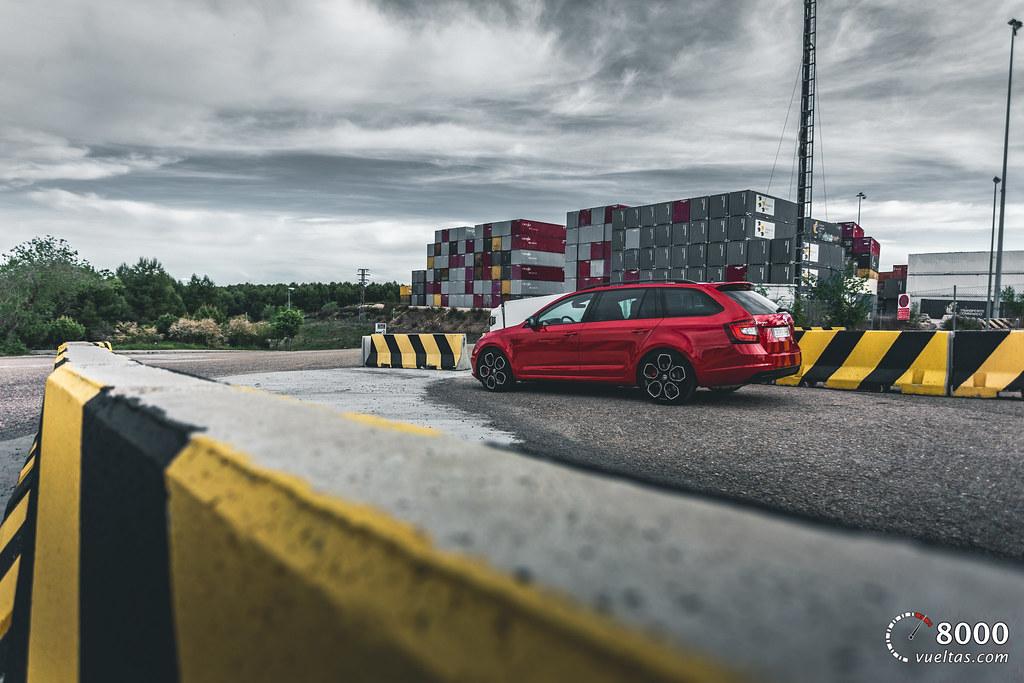 Skoda Octavia RS Combi - 8000vueltas-35