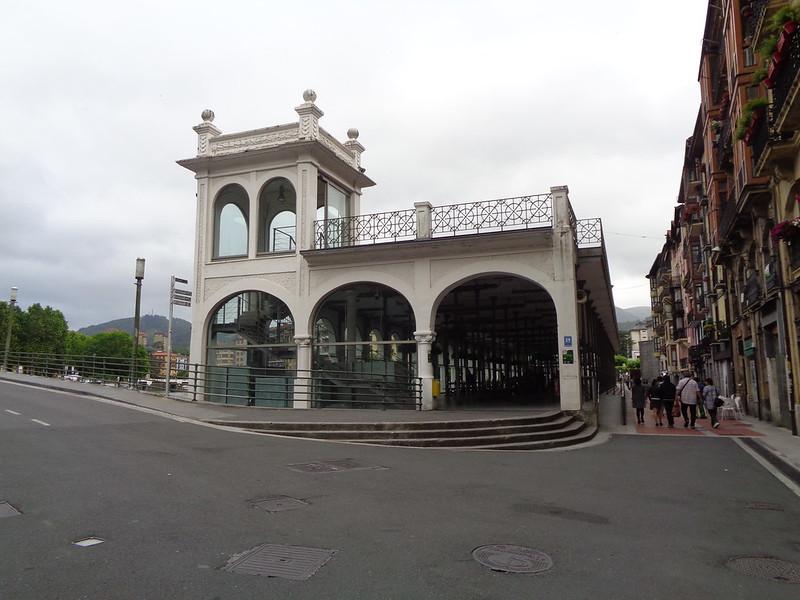 PUENTE NAVARRA Y TINGLADO