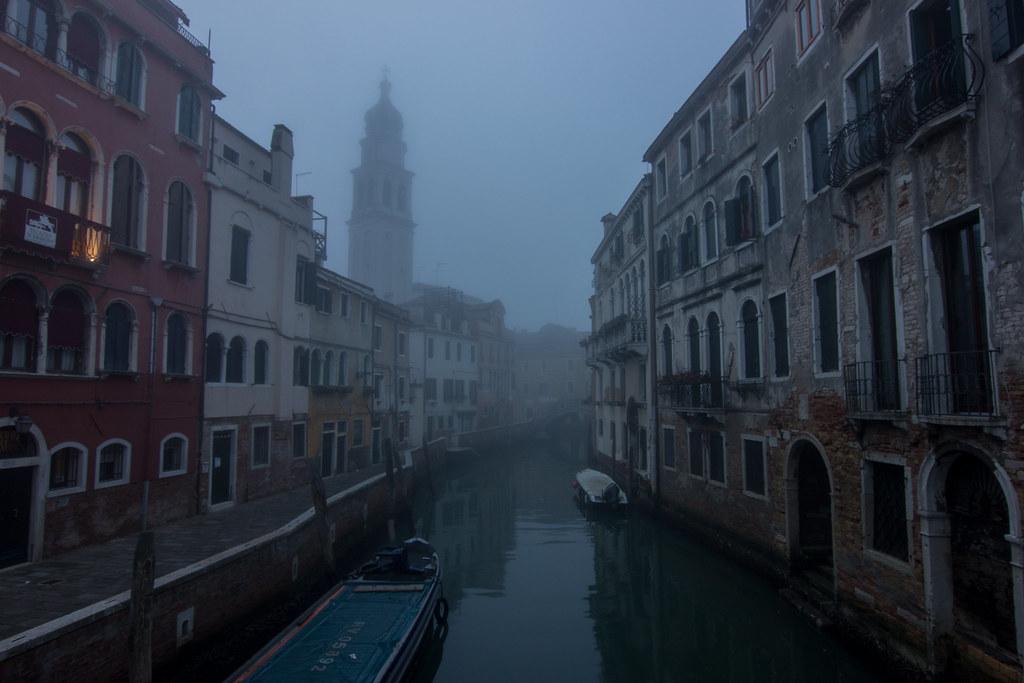 Venezia-Castello. View from the ponte de la Comenda. Chiesa di Sant'Antonin