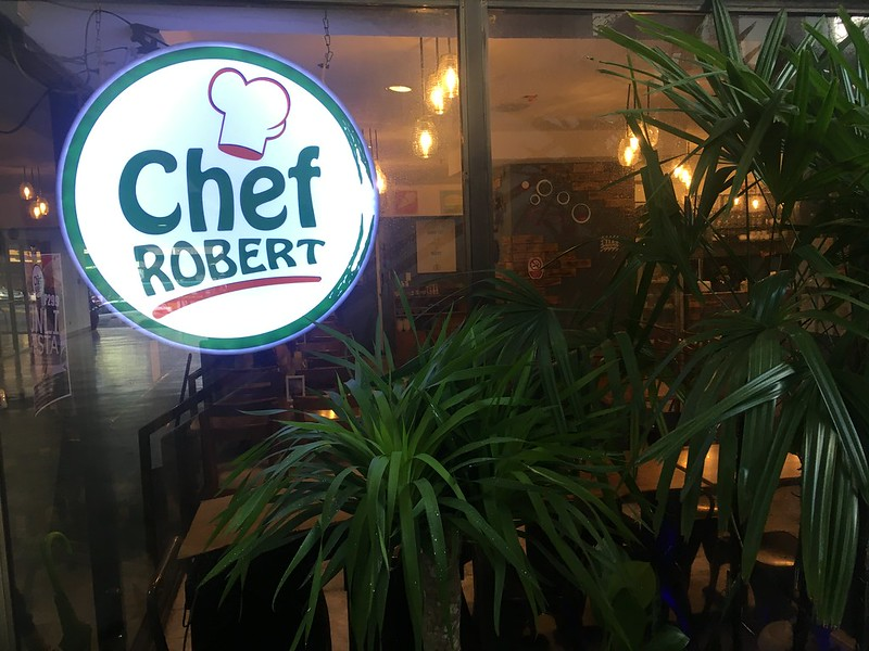 Chef Robert, Greenhills