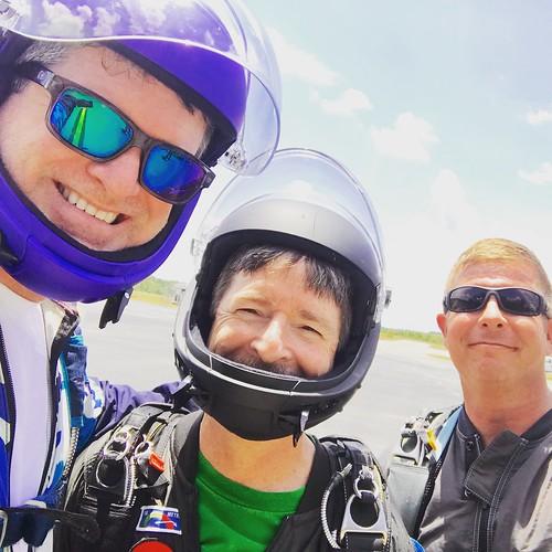 skydive skydiving skydiver skydivers jump jumping 2019 summer panama city panamacity fl florida skydivepanamacity extreme sport sports parachute parachutes parachuting family skyfam skyfamily dz dropzone
