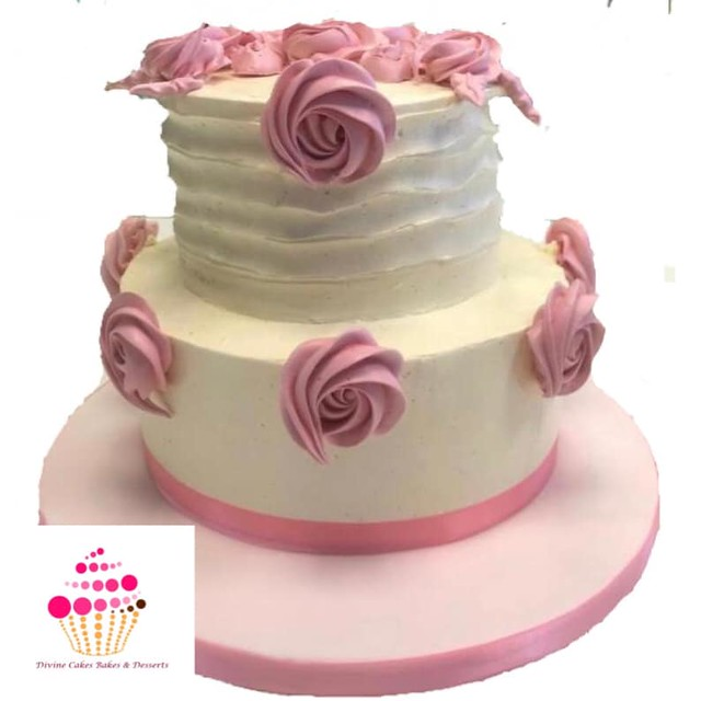 Cake by Divine Cakes, Bakes & Desserts