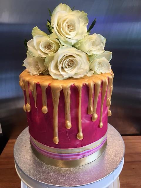 Cake by Daisy.Cakes