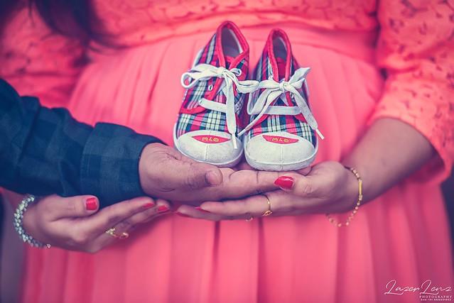 BIG journey begin with SMALL Steps...   #maternityphotography #momtobe #maternityshoot #babybump #happyfeelings #love #fathertobe #photoshoot #likeforfollow #loveforever #maternity #instalike #bangalore #lazerlenz #photooftheday #couple #family #familygoa