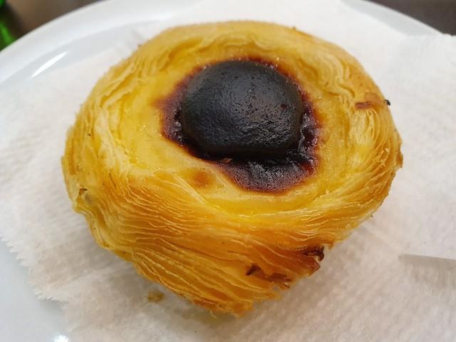 Pasteis de nata - Portugese Custard Tart - Saga Pastelaria - Lisbon Portugal