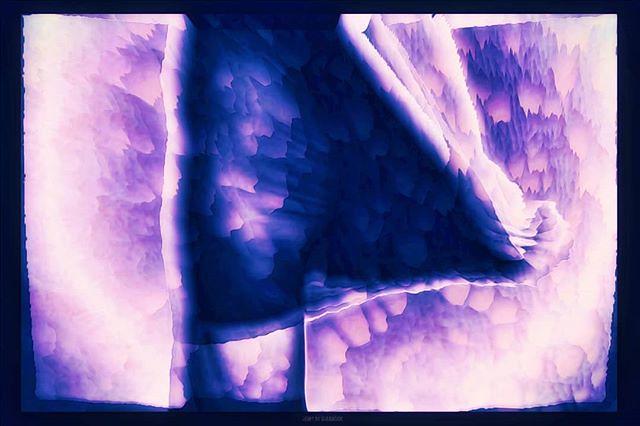 Oops! She did it again. // #glitch #glitchart #vaporwave #glitchartistscollective #rmxbyd #abstractart #abstract #art #digitalart #databending #newaesthetic #newmediaart #aesthetic #dark #glitchaesthetic #netart #glitchmafia #vaporwaveart #modernart #surr