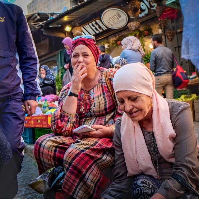 Women @ the market in Jerusalem
