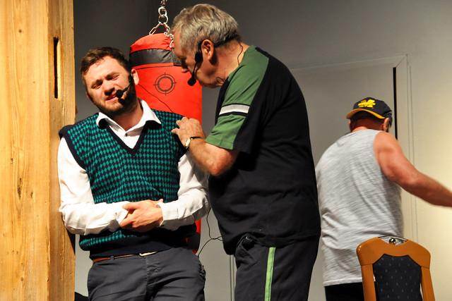 """Juni 2019: Seckenheimer Laientheater """"Blouß fa Gspass"""" führt auf: """"Seniorenresidenz Schloss und Riegel"""" ... Fotos: Brigitte Stolle"""