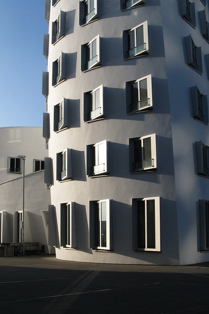 Gehry buildings (IV)