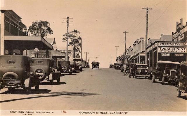 Gondoon Street (now spelt Goondoon), Gladstone, Qld - circa 1930