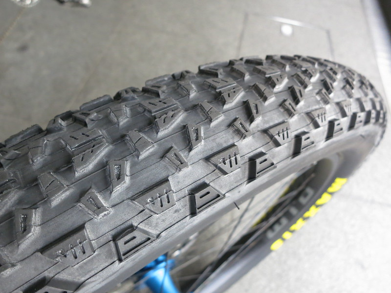 ALL-CITY Electric Queen BL Tire