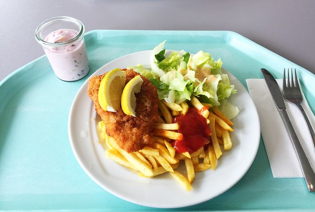 Vienna fried chicken with french fries / Wiener Backhendl mit Pommes Frites