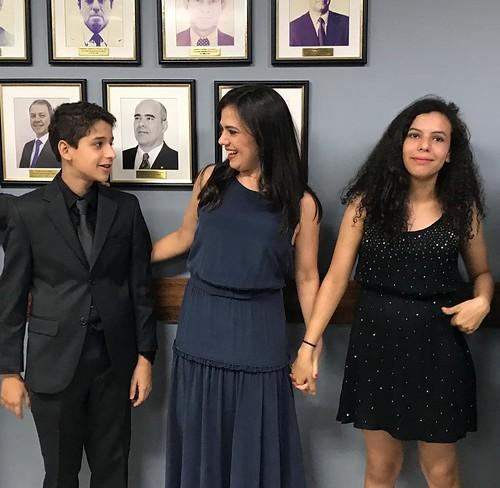 Paola Aires homenageada com seu retrato na Galeria de Procuradores Gerais do DF