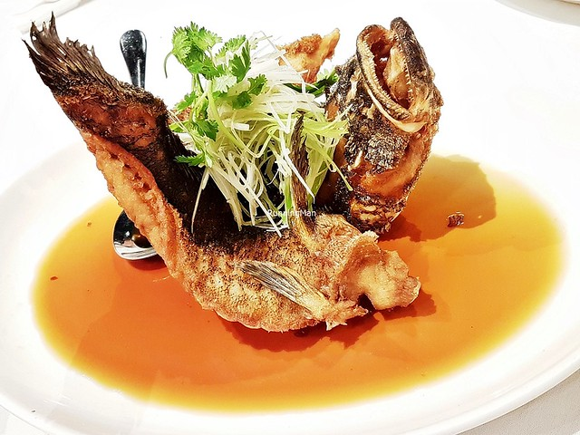 Deep-Fried Soon Hock / Marble Goby Fish With Superior Soya Sauce