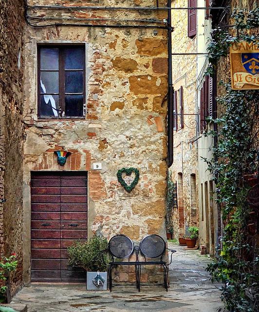 Backstreet in Pienza, Italy