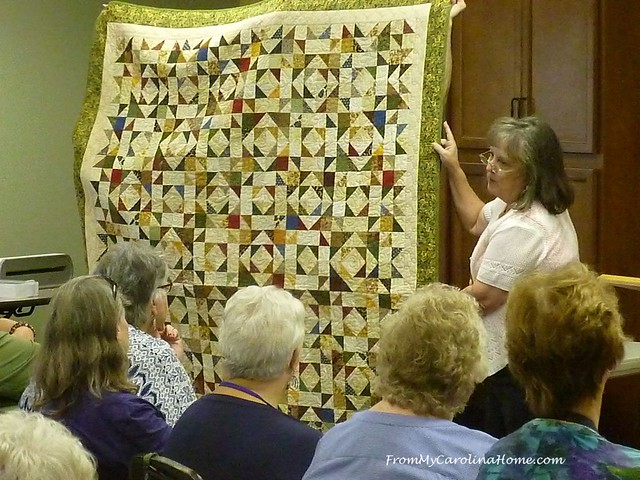 Quiltin' in Sevierville at FromMyCarolinaHome.com