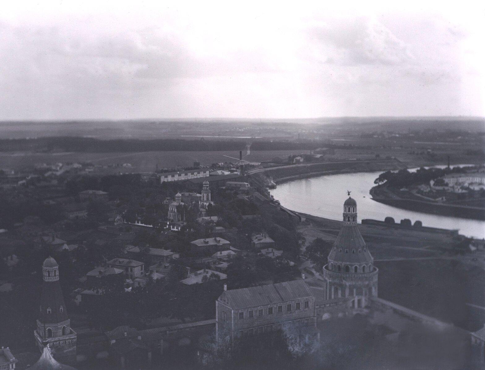 Вид с колокольни Симонова монастыря. 1913