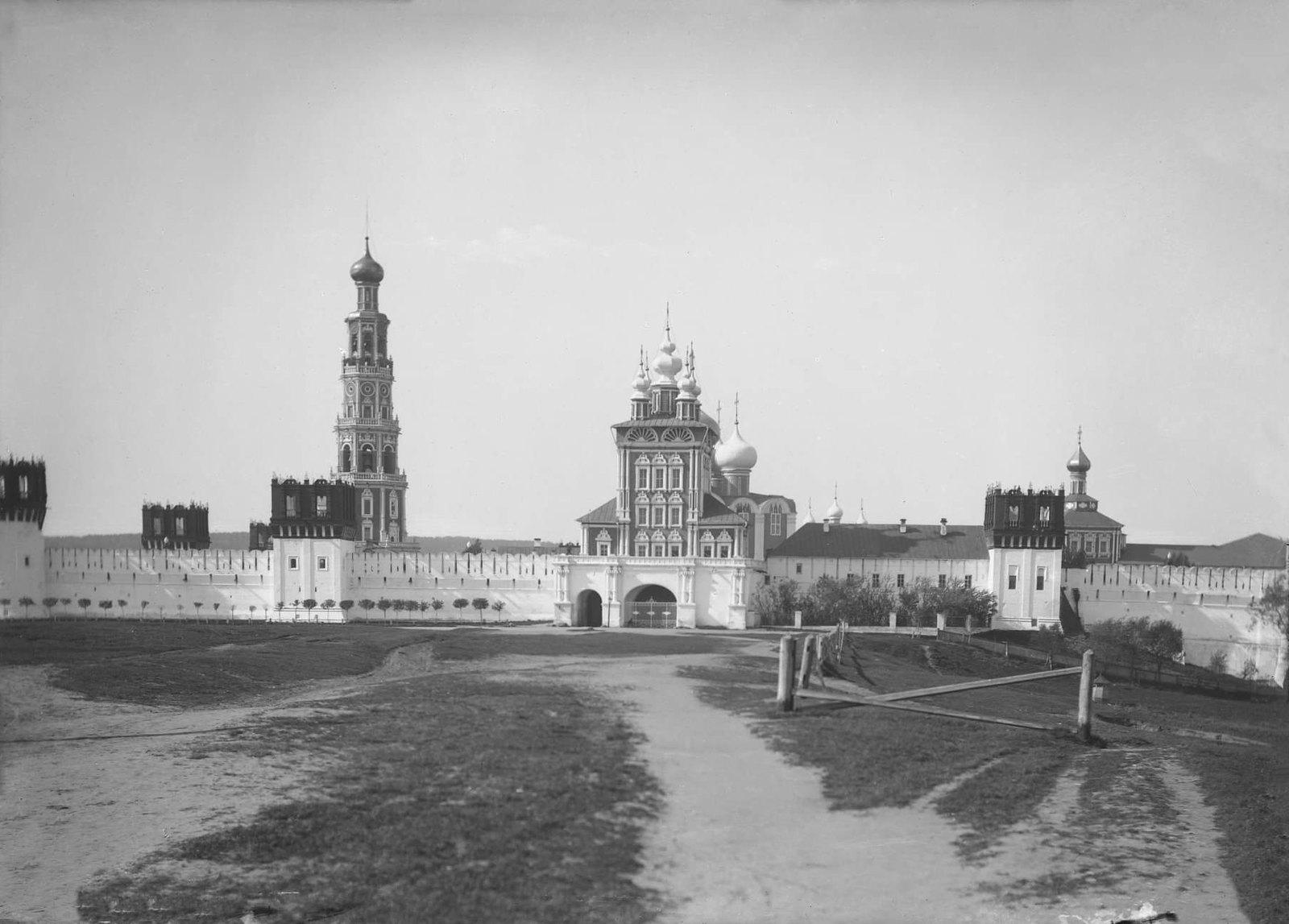 Новодевичий монастырь. 1894