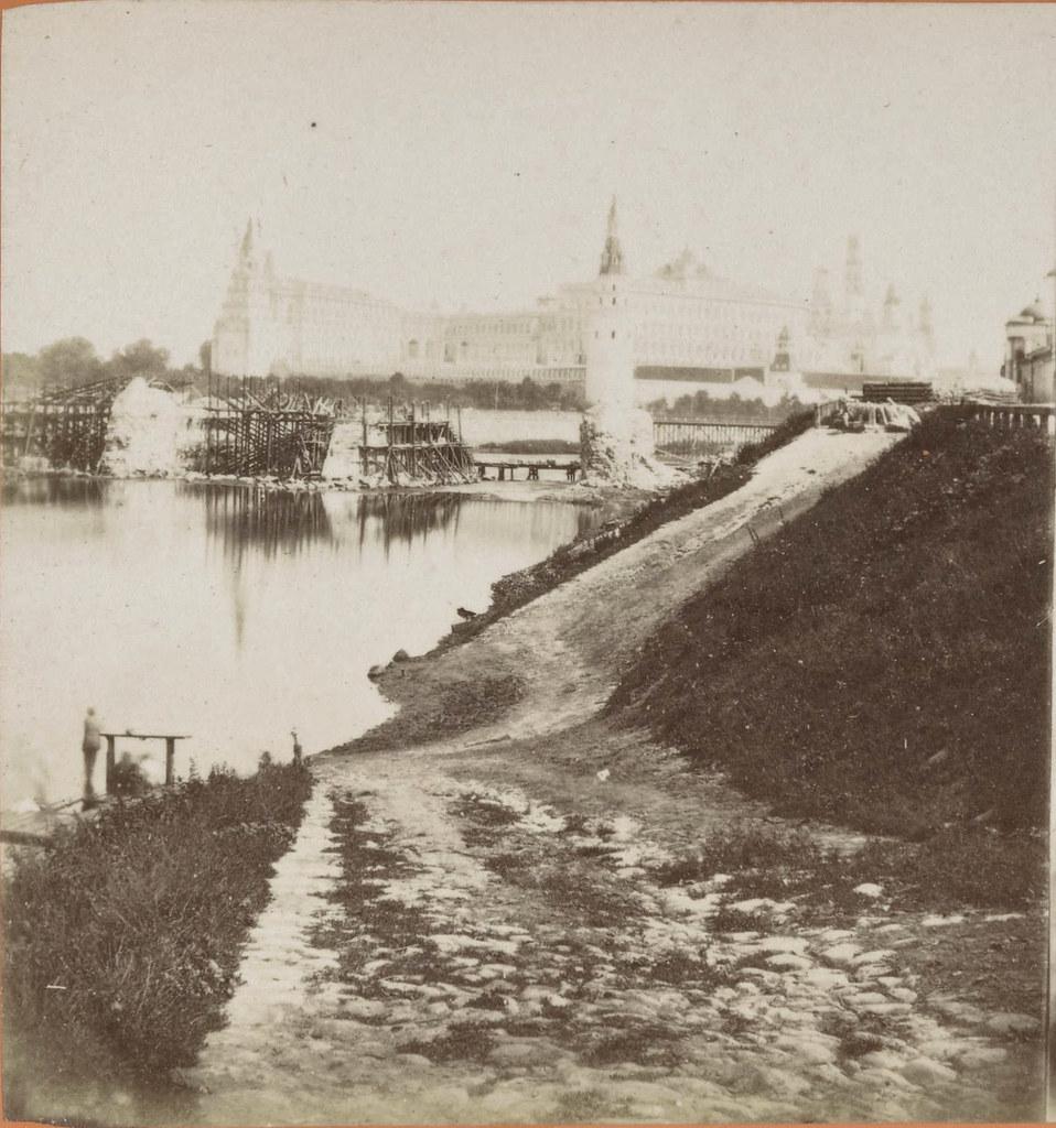 Строительство Большого Каменного моста. 1858
