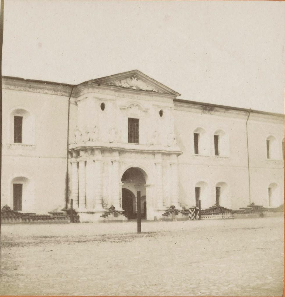 Арсенал. Ворота со стороны Сенатской площади. 1858