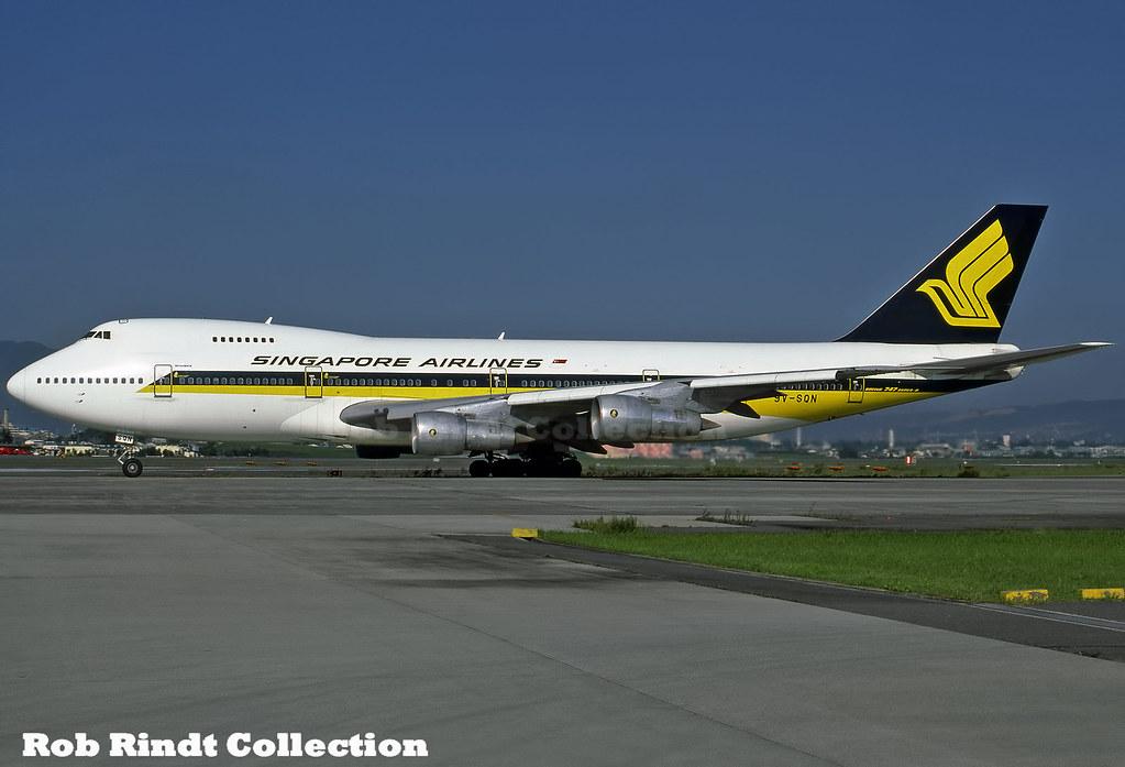 Singapore Airlines B747-212B 9V-SQN