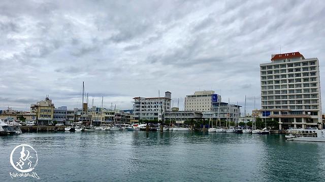 ヨットの大会があったみたいで、港はまるで海外のよう♪