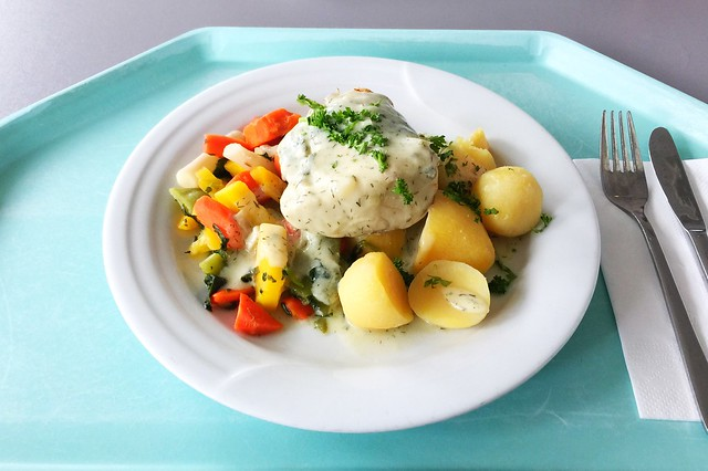 Coalfish filet in dill sauce / Seelachsfilet in Dillsauce